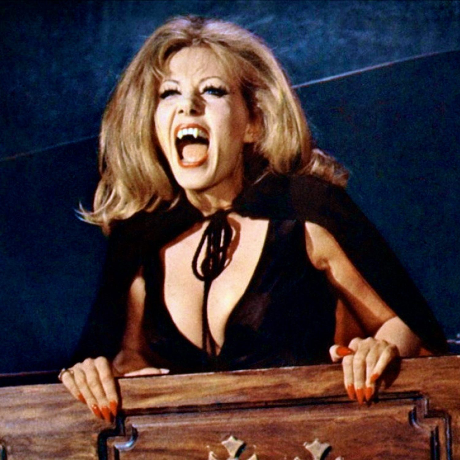 Ingrid_Pitt_The_House_That_Dripped_Blood-2-scaled